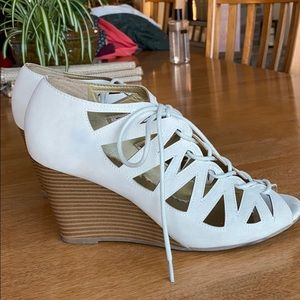 Maurice's cream colored wedges